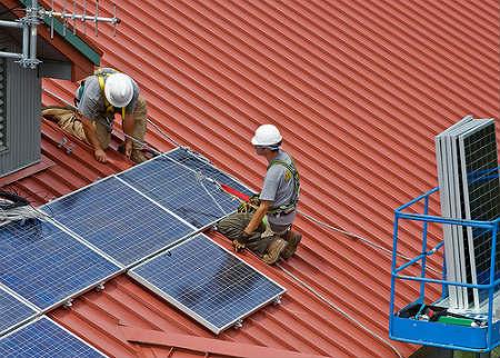 panneau-photovoltaiques construction Bourges Nevers Chateauroux